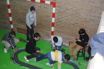 !r i 2on Eso Scalextric Valldaura